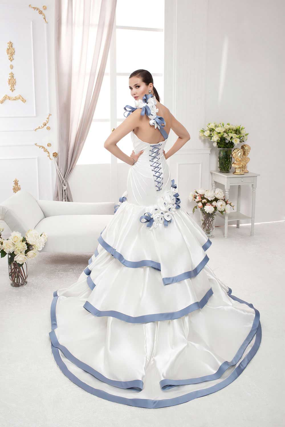 wedding dresses in Lebanon, weddings in Lebanon, wedding gowns in Lebanon, Lebanon wedding dresses, Lebanese brides