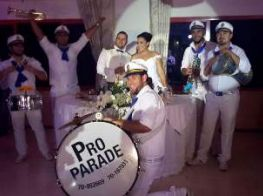Pro parade, zaffe in beirut